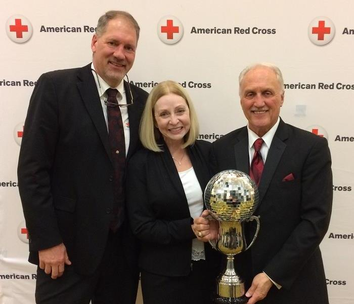 Jim Knopf Wins Mirrored Ball Trophy for Green Bay Red Cross DWOS Event